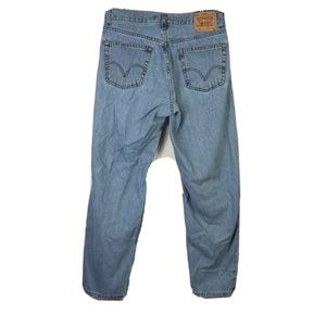 560 Levi's jeans